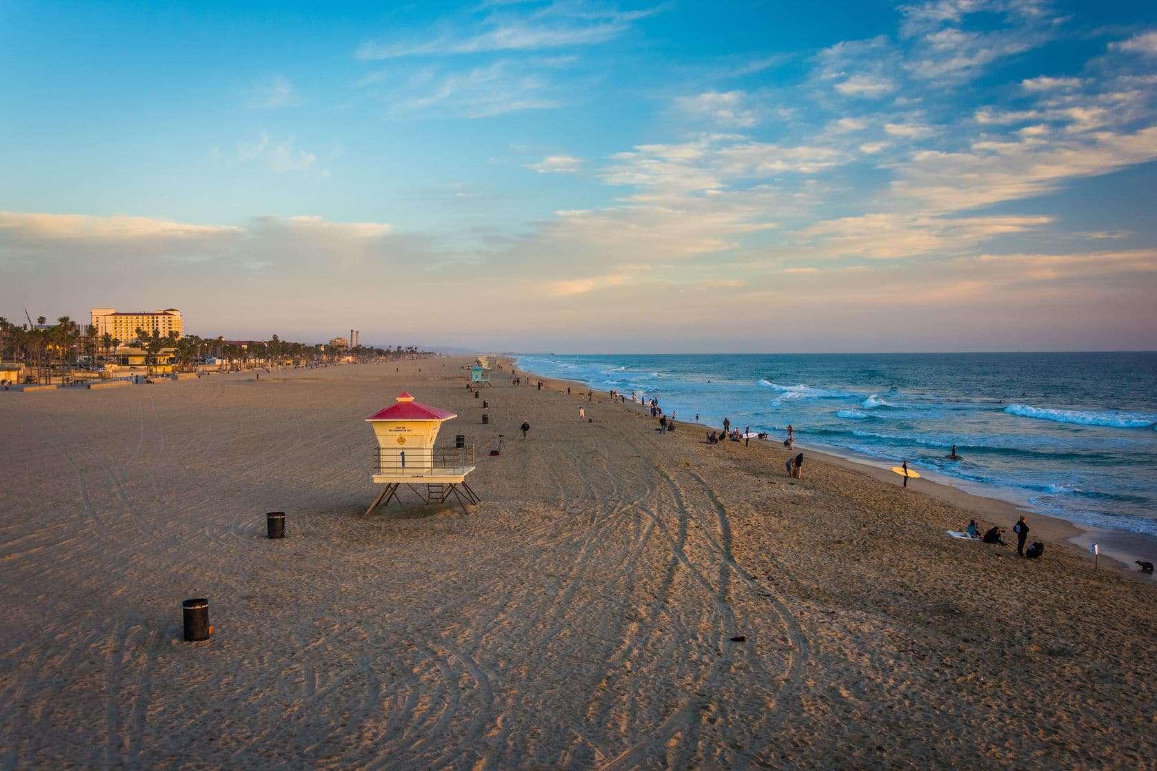 Huntington Beach Neighborhoods Along the Coastline