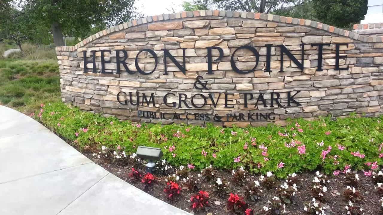 Heron Pointe Seal Beach Sign