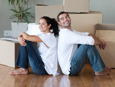 Long Beach Homes - Happy Couple Moving