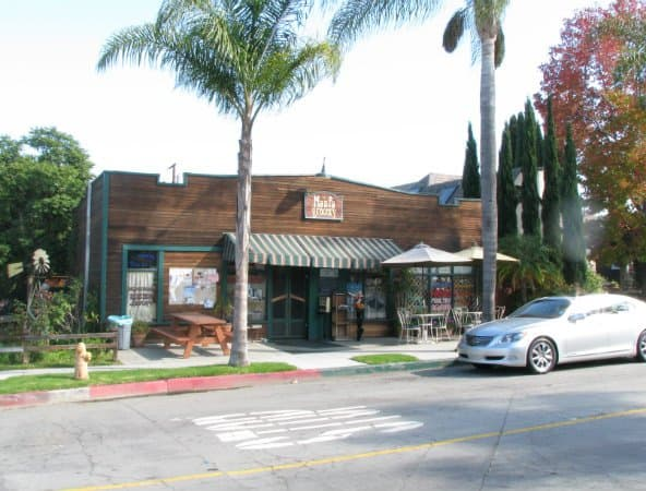 Ma-and-Pa-Grocery-in-Belmont-Heights-Long-Beach-CA