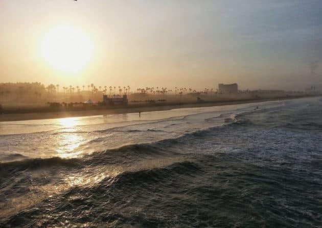 Sunrise-in-Huntington-Beach