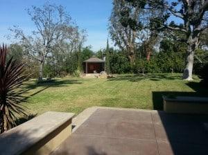 Spacious Backyard for 551 Mesa Way Long Beach CA
