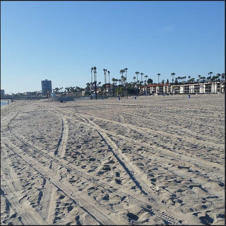 Long Beach beachfront homes