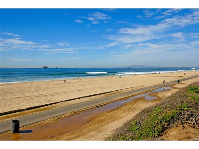 Surfcrest Huntington Beach Homes