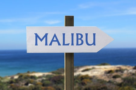 Malibu Homes Sign