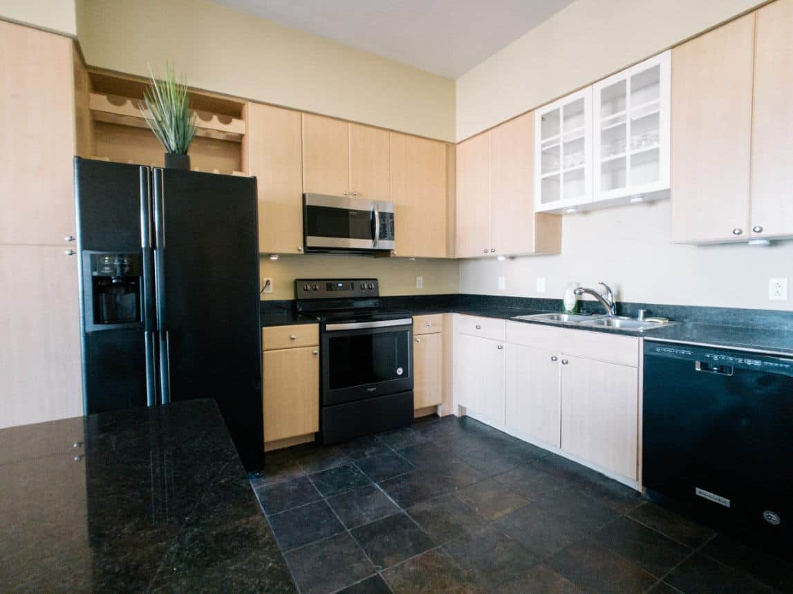 488 Ocean Unit 1712 Long Beach CA 90802 Listed by Jay Valento