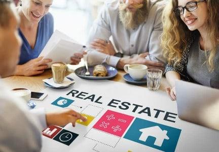 Selling Corona Homes