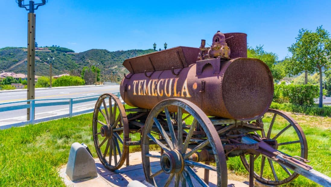 Large lot homes in Temecula